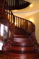 деревянные лестницы из массива (дуб, ясень)